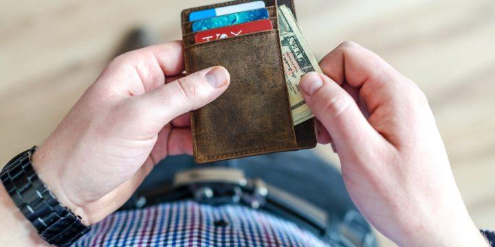 Credit Card Travel Benefits: Cash vs Credit Cards