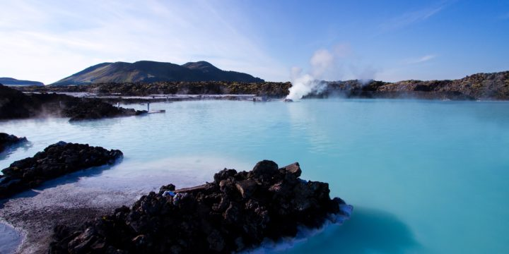 How to See Iceland for FREE: Planning a Stopover